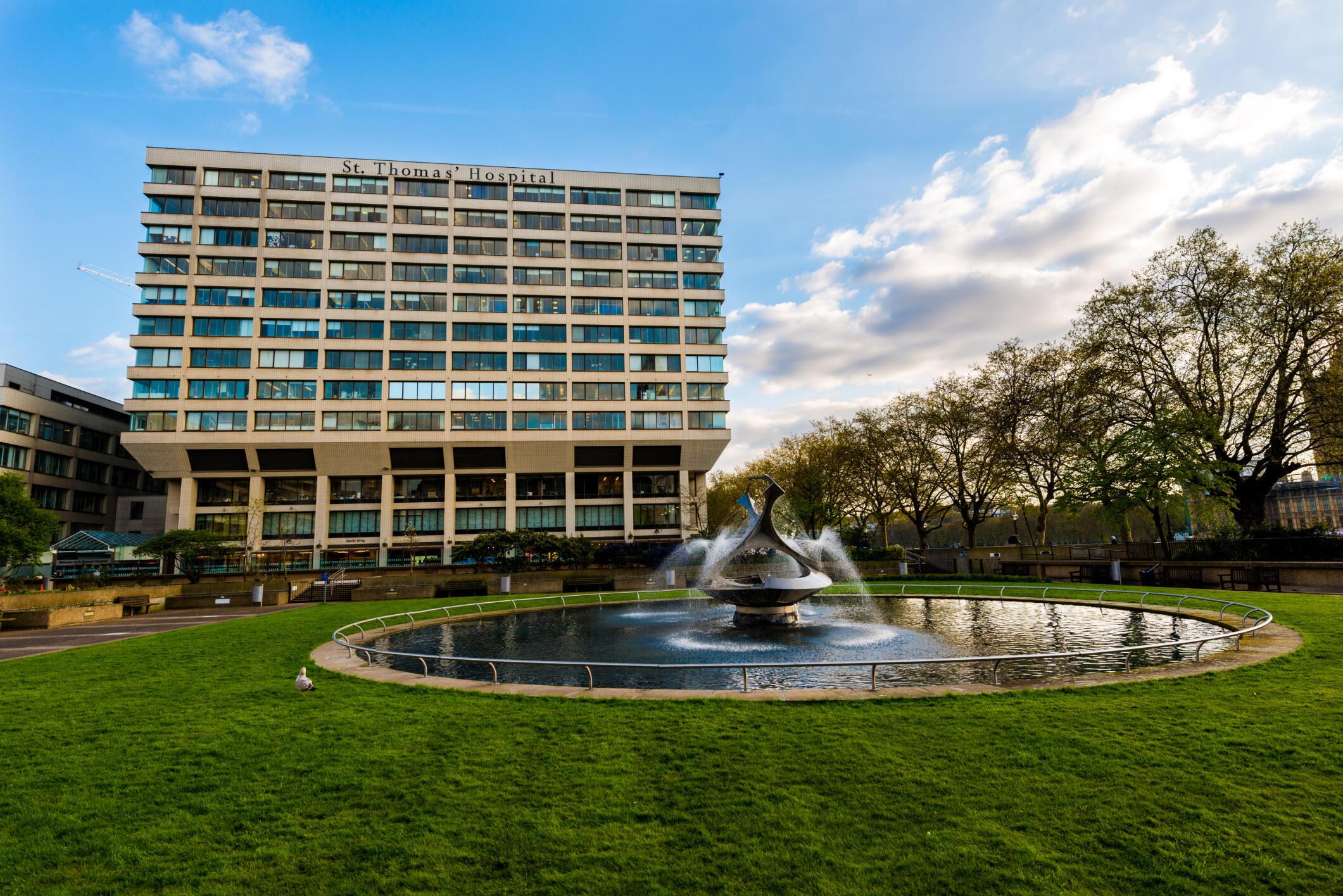 L'hôpital Saint-Thomas, à Londres.