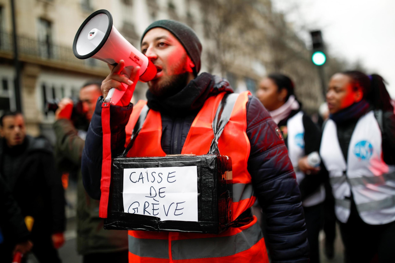 2 января французские железнодорожники побили рекорд продолжительности забастовки за последние 30 лет.