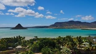 La baie de Diego-Suarez, l'une des plus grandes au monde, abandonnée de ses touristes. Avant le confinement et la fermeture des frontières, l'ancienne garnison française au charme suranné vivait essentiellement du tourisme.