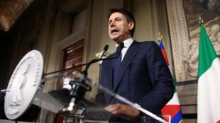 Italia será gobernada por los populistas de la Liga y del M5E, con Giuseppe Conte como primer ministro