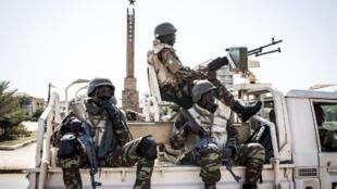 Les forces de l'Ecomib dans les rues de Bissau en novembre 2019.