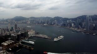 Vịnh Victoria nhìn từ trên cao Hồng Kông.