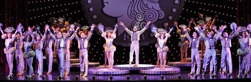 « 42nd Street », grand classique du Broadway des années 80, au Théâtre du Châtelet à Paris.