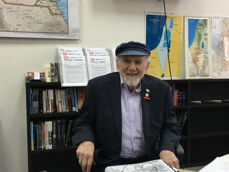 O sobrevivente do Holocausto Walter Bingham, de 94 anos.