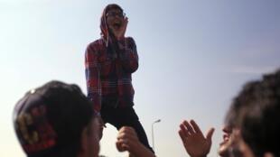 Des manifestants pro-Morsi, au Caire, le 4 novembre 2013.
