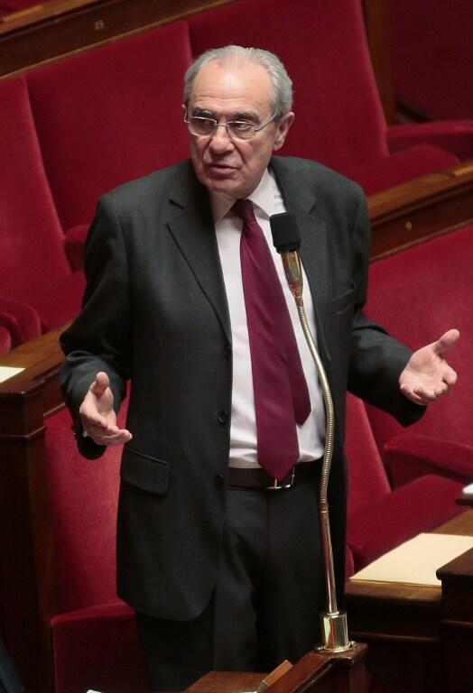 Le député Les Républicains Bernard Debré (ici à l'Assemblée nationale le 8 février à Paris) s'attaque au «Darknet».