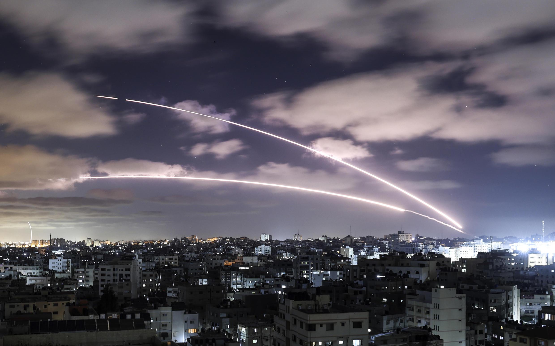 Cohetes lanzados desde la Franja de Gaza hacia Israel, el 18 de mayo de 2021