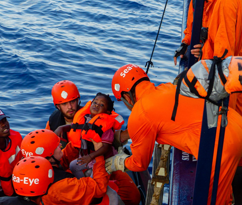 Foto do barco Alan Kurdi, da ONG alemã Sea-Eye, no dia 31 de julho de 2019.