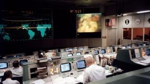 La salle de contrôle de la Nasa lors de la mission Apollo 13, en 1970.