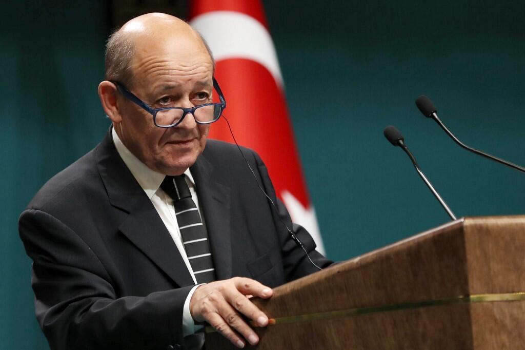 Министр иностранных дел Франции Жан-Ив Ле Дриан призвал ЕС определиться относительно отношений с Турцией.