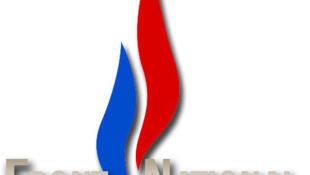 La llama tricolor del partido ultraderechista Frente Nacional.