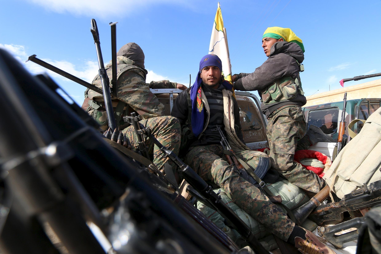 Бойцы Сирийской демократической армии, Сирия, 19 февраля 2016.