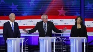 Três dos dez candidatos às primárias democratas: Bernie Sanders, Joe Biden e Kamala Harris