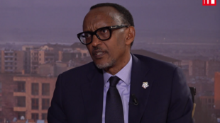 Le président rwandais, Paul Kagame, s'est entretenu avec les médias lors du 17ème sommet des pays francophones à Erevan, le 12 octobre 2018.