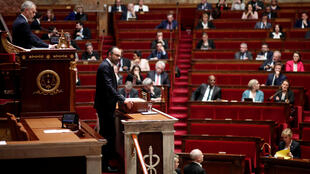 Французские парламентарии обсудили авиаудары в Сирии