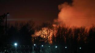 2020-04-10T211309Z_905421713_RC2X1G96DVGH_RTRMADP_3_RUSSIA-PRISON-FIRE