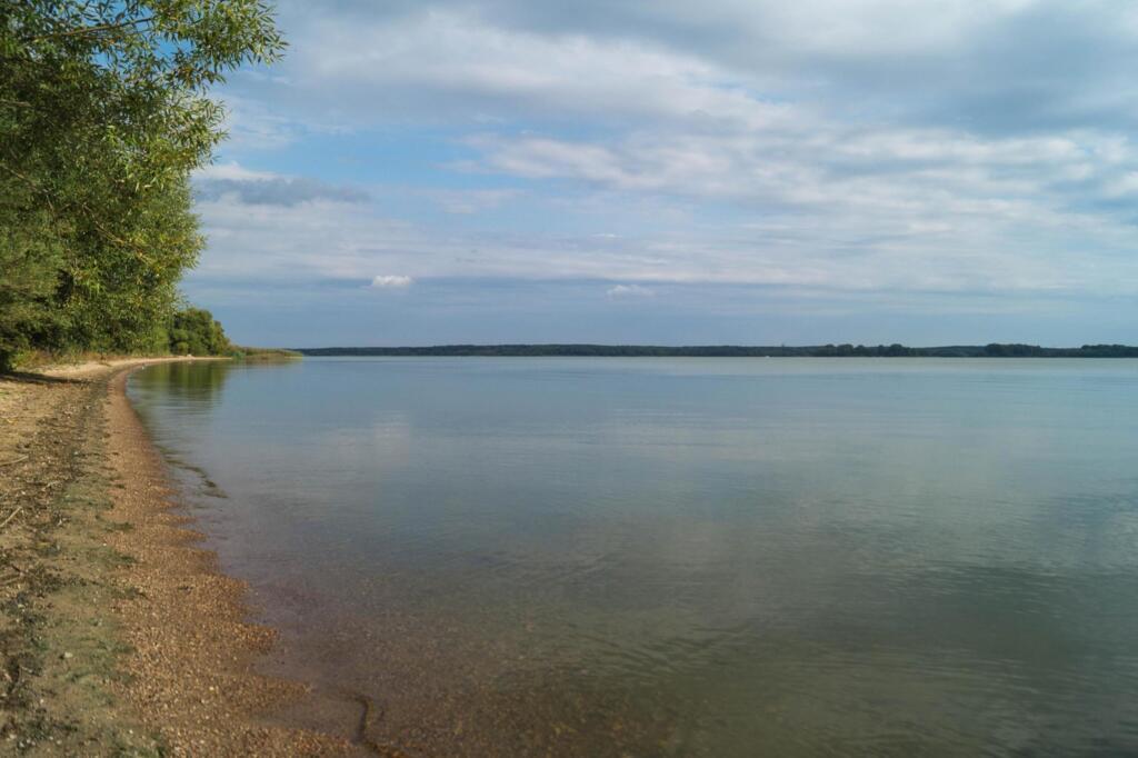 Берег Минского моря на участке Депардье
