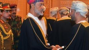 Haithan Ben Tarek a prêté serment en tant que nouveau sultan d'Oman ce samedi 11 janvier suite au décès de son cousin.
