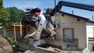Жители дома в результате аварии не пострадали