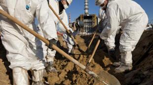 Gerd est en effet venu pour la première fois à Tchernobyl en 1993 à l'occasion d'un reportage sur la pollution dans l'ex-URSS.