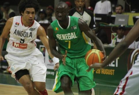 Le Sénégalais Mamadou Ndoye a été le meilleur joueur du match contre l'Angola.