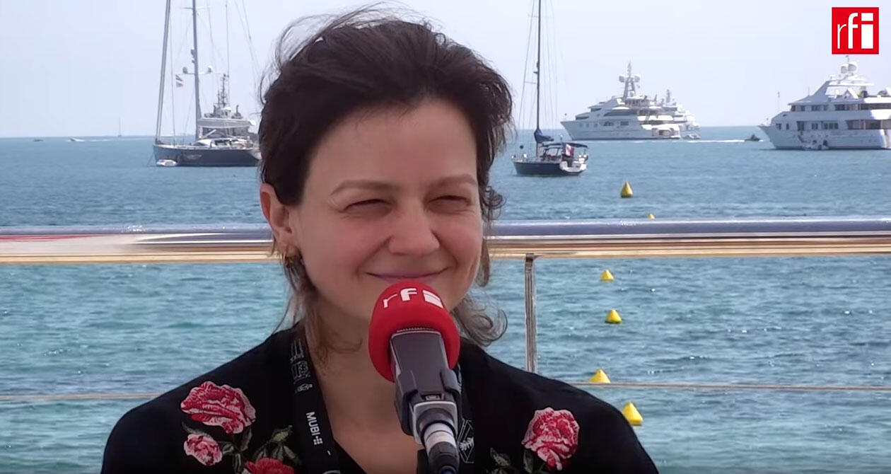 """A cineasta Carolina Markowicz fala sobre """"O Órfão"""", curta em competição na Quinzena de Cannes."""