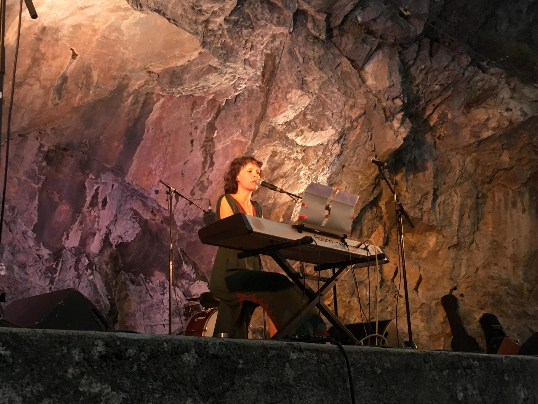 La chanteuse Emily Loizeau a participé au festival Passeurs d'humanité, dans la vallée de la Roya.