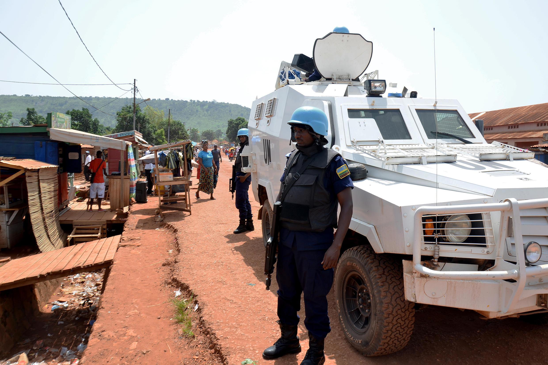 Des casques bleus rwandais de la Minusca, en mai dernier à Bangui, en République centrafricaine.
