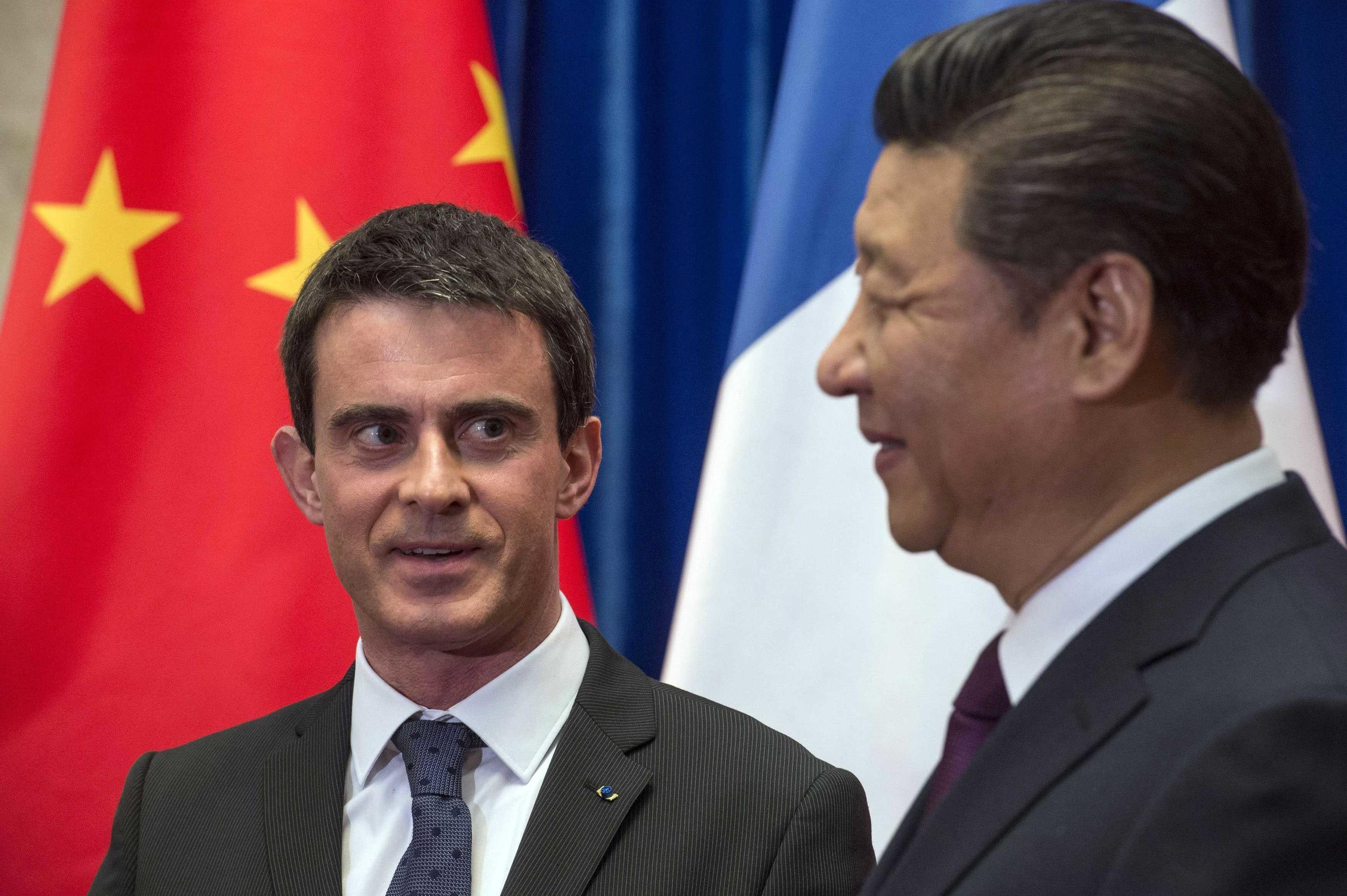 French Prime Minister Manuel Valls meets Chinese President Xi Jinping