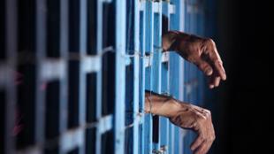قانون قصاص و مجازات قطع دست یا انگشتان دست سارقین در ایران