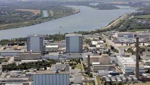 Nhà máy điện hạt nhân  Marcoule (Gard).