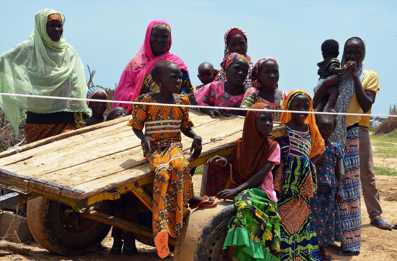Des milliers de déplacés nigériens ont pu rentrer dans le village de Baroua abandonnés depuis six ans suite aux attaques terroristes. Ici des réfugiés nigériens dans un camp près de Diffa en 2017.