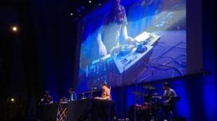 O projecto Stereossauro com o músico Chullage. Unesco, Paris, 22 de Maio de 2019.