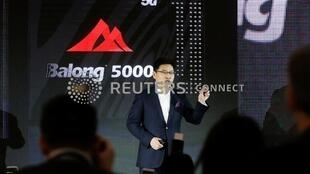 The head of Huawei's consumer business group, Richard Yu, speaks during a presentation unveiling the 5G modem Balong 5000 in Beijing, China, January 24, 2019.