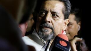 Edgard Zambrano habla con la prensa tras recuperar la libertad en Caracas, el 17 de septiembre de 2019.