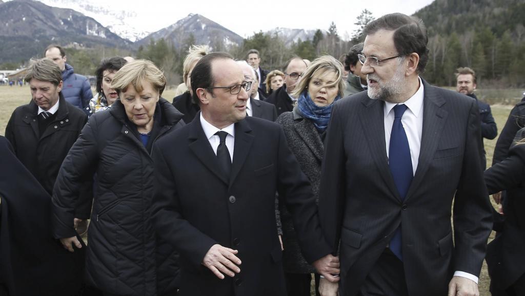 Angela Merkel, François Hollande na Mariano Rajoy wakiwasili kwenye eneo la tukio katika mlima wa Alpes, Jumatano Machi 25 mwaka 2015.