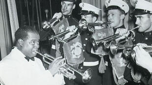 Louis Armstrong & the US Marine Corps Band.