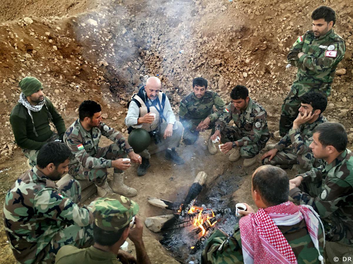 Thổ Nhĩ Kỳ huấn luyện các đơn vị peshmerga, tức binh sĩ Irak người Kurdistan tại vùng biên giới