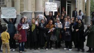 تجمع خانواده زندانیان سیاسی
