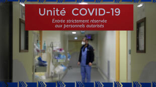 Afluxo de doentes com Covid-19  tem vindo a saturar as Unidades de cuidados intensivos dos hospitais franceses como aqui  La Timone em Marselha.