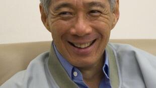 Lương của thủ tướng Singapore Lý Hiển Long bị cắt giảm 36%