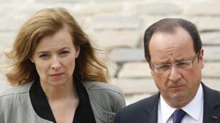 """Valérie Trierweiler e François Hollande mantém """"boas relações"""" segundo fontes próximas da ex-companheira do presidente francês."""