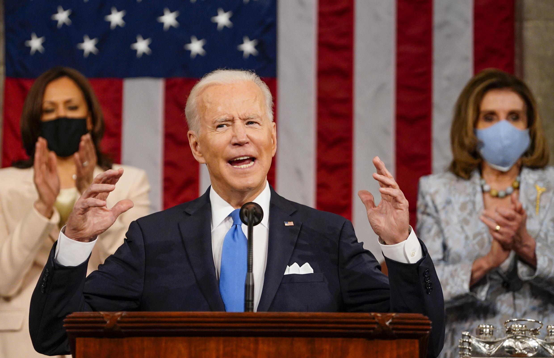 El presidente de Estados Unidos, Joe Biden, habla ante el Congreso, el 28 de abril de 2021 en Washington