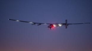 Самолет на солнечных батареях Solar Impulse 2 вылетел из японского города Нагоя в сторону Гавайских островов.