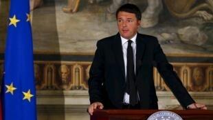 Thủ tướng Ý Renzi phát biểu về chống khủng bố tại Roma ngày 24/11/2015.