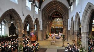La cathédrale de Leicester, lors des funérailles du roi Richard III, dont les ossements ont été retrouvés il y a deux ans et demi sous un parking municipal.