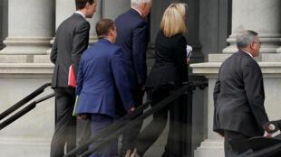 Des négociations de haut niveau se déroulent ce week-end pour tenter de sortir le pays du shutdown.
