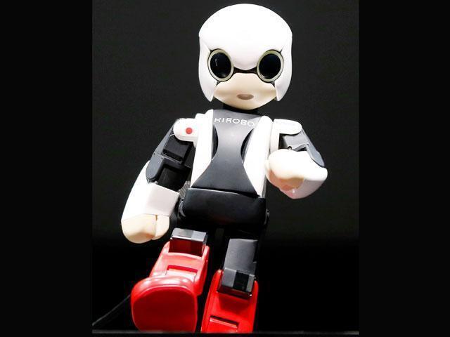 """Японский """"умный"""" и говорящий робот Киробо отправился на МКС"""
