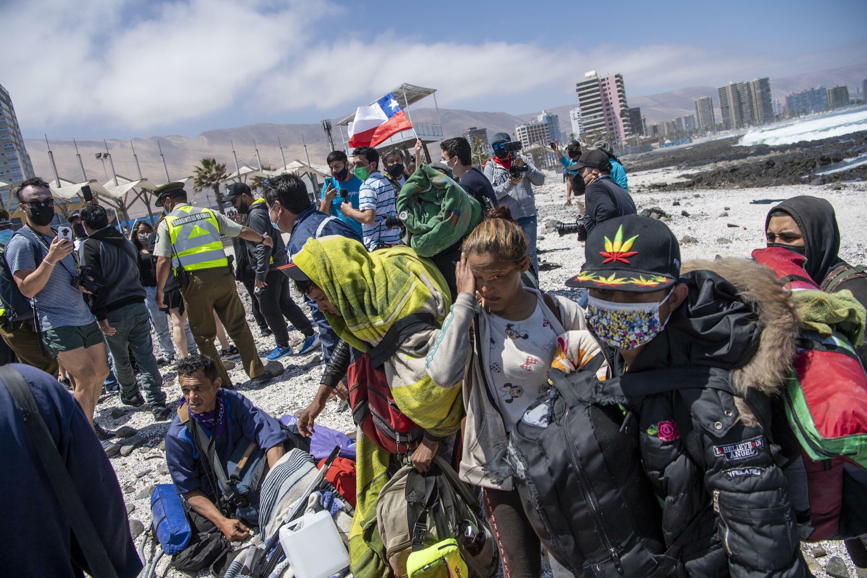 Migrantes vezolanos atacados por manifestantes chilenos