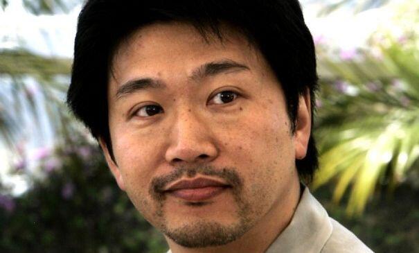 Le réalisateur Japonnais Kore-eda Hirokazu à Cannes en 2004